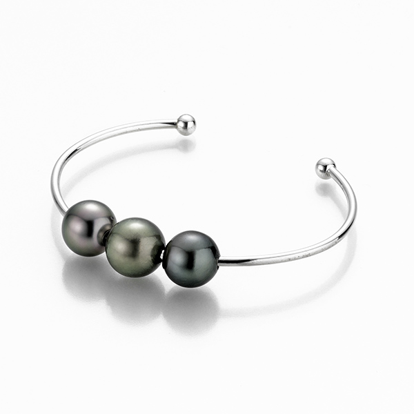 Designer: Gellner<br/>Style: 'Wired' Pearl Bracelet<br/>Metal: sterling silver<br/>Pearls: 3 Tahitian cultured pearls, 10-11mm, high luster<br/>Size: Small/Medium